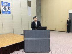 講演中の根本千葉南税務署長 演題「日本の財政と上杉鷹山の経営学」