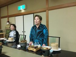 食事会にて中村女性部会長挨拶