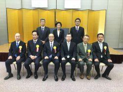 記念写真撮影(東京国税局長表彰、千葉南税務署長表彰受彰者)
