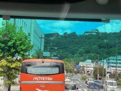 車窓より松山城見学